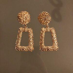 Zara raised earrings